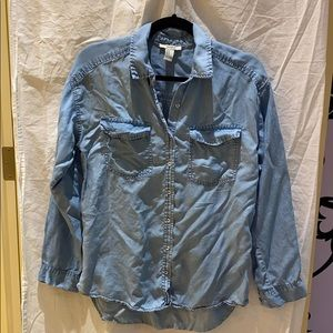 Blue button up, size M